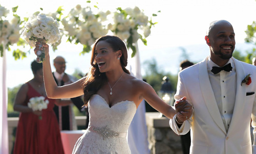 Mistresses Star Rochelle Aytes Marries Actor CJ Lindsey in Mansion Wedding